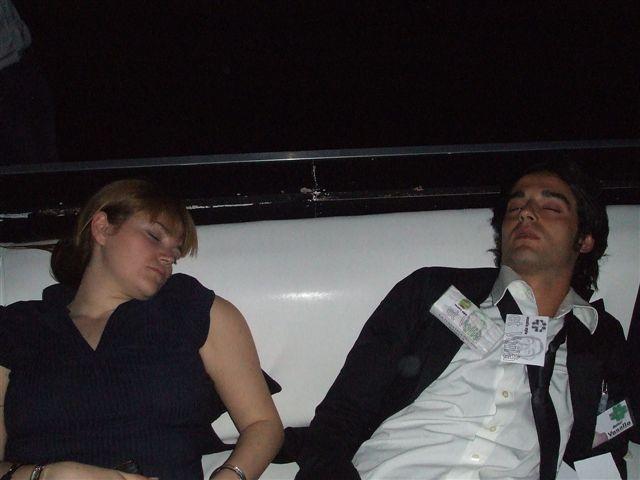 PEOPLE SLEEPING - Mr Paloma